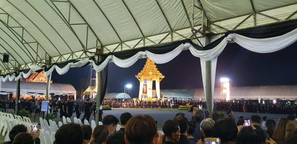 Some photos from the Sandalwood flower-laying ceremony at Putthamonthon